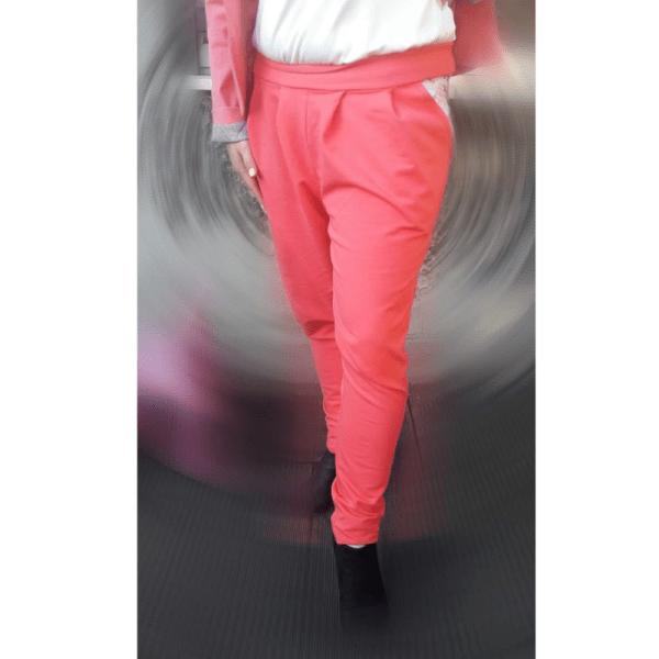 spodnie damskie z zakladka palma czerwone