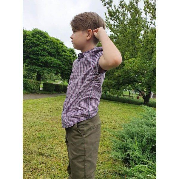 wykrój online na spodnie dla chłopca chinosy